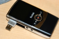 Kodak Zi6 USB connector