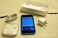 Apple iPhone 5c unboxed