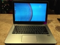 HP EliteBook Folio 1020 powered on