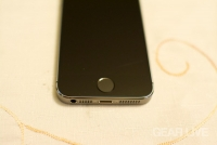 iPhone 5s Space Gray Touch ID sensor
