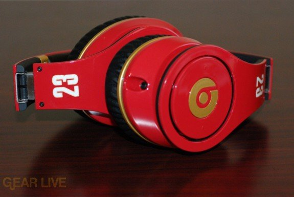 Beats by Dr. Dre Red LeBron James Customs folded