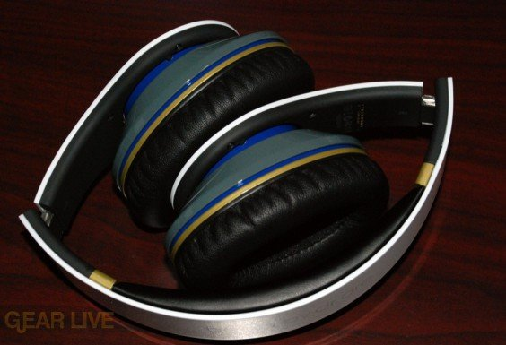 White Beats by Dr. Dre Limited Edition folded top