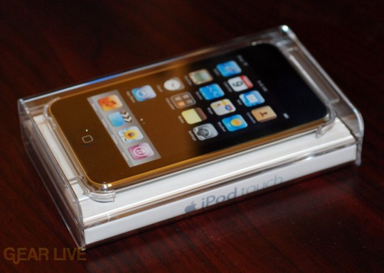 iPod touch 2G: In the box
