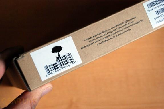 Amazon Kindle 2: Side of box