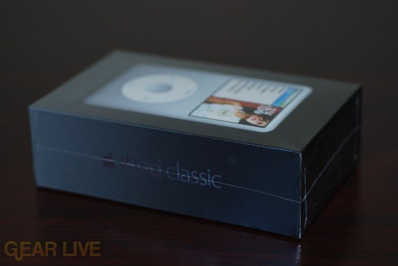 iPod classic Box Side View