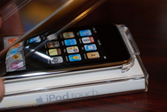iPod touch 2G unveiled