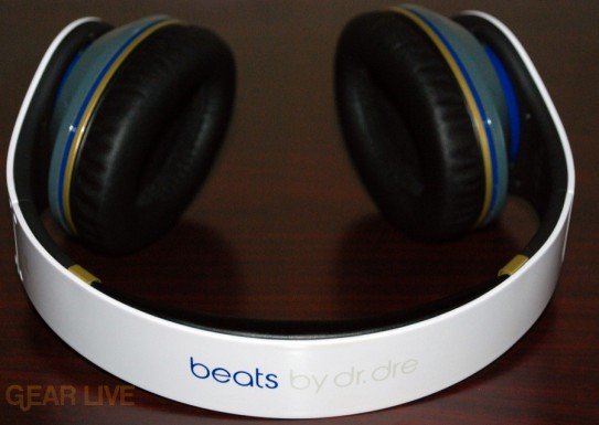 White Beats by Dr. Dre band full