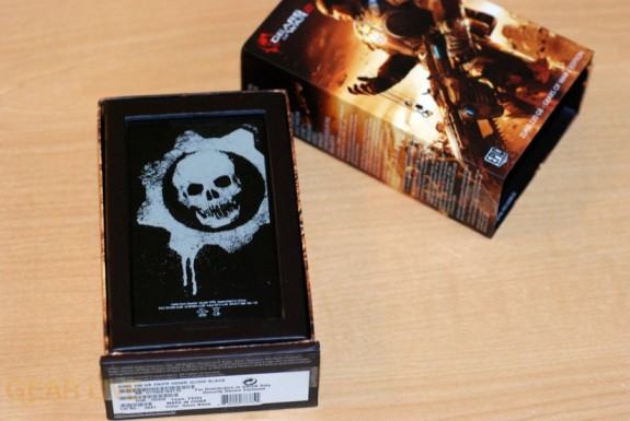 Gears of War 2 Zune in box