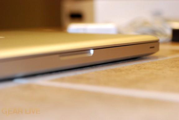 MacBook 2008 magnetic enclosure
