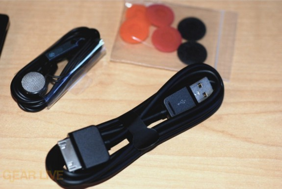 Zune HD sync cable and accessories