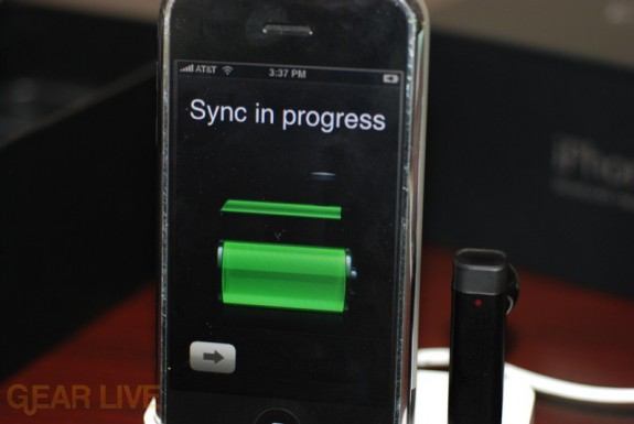 iPhone Bluetooth Headset charge status
