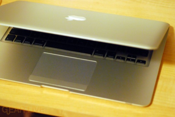MacBook Air opening