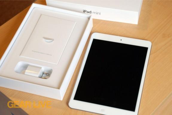 iPad mini out of box