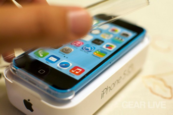 Opening the iPhone 5c