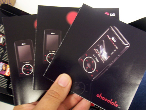 LG Chocolate Booklets