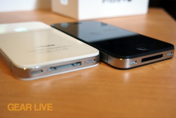 iPhone 4S bottom