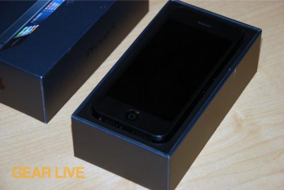 iPhone 5 black & slate sitting in box