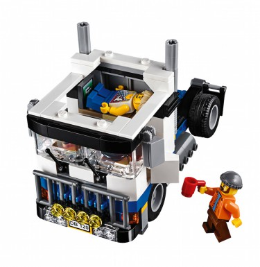 LEGO Fairground Mixer 10244 - Attraction Truck cab