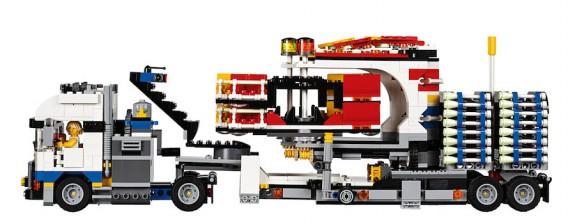 LEGO Fairground Mixer 10244 - Mixer Truck Full