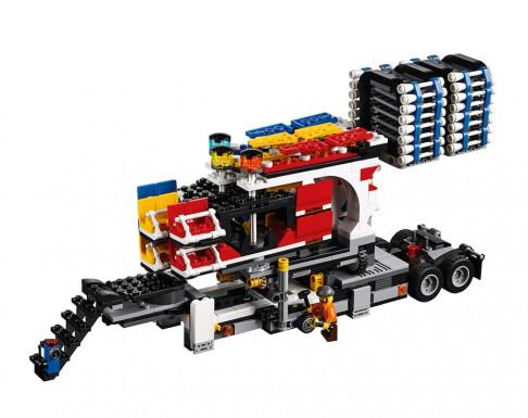 LEGO Fairground Mixer 10244 - Mixer Setup 1