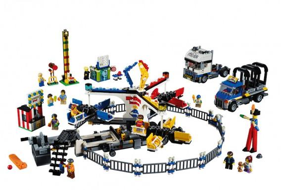 LEGO Fairground Mixer 10244 - Complete Set