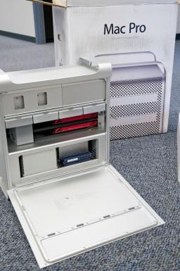 Mac Pro 12-core side opened
