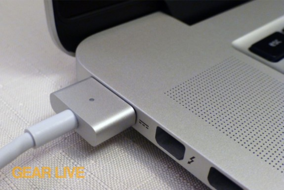 MacBook Pro MagSafe 2 connected
