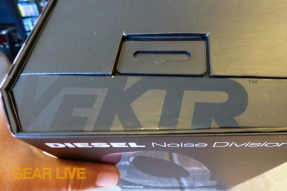 VEKTR logo on box