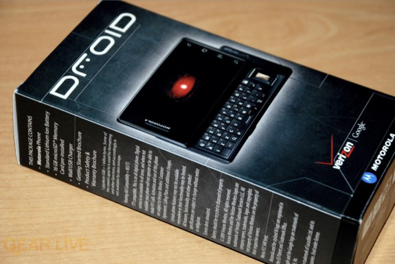 Motorola DROID box feature list