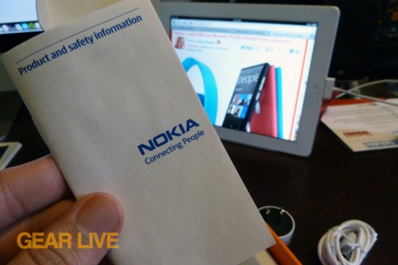 Nokia Lumia 900 product guide