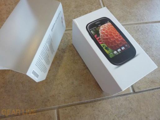 Palm Pre Plus box front