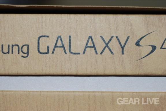 Samsung Galaxy S4 side logo