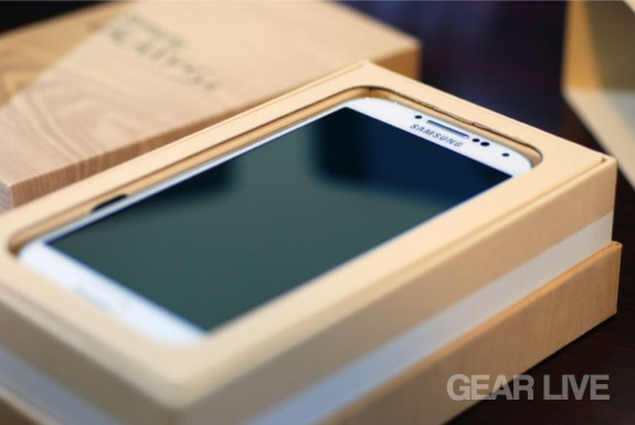 Samsung Galaxy S4 inside box