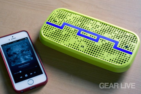 SOL Republic Deck Bluetooth Speaker with iPhone 5s