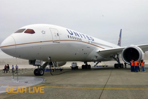 United Boeing 787 Dreamliner