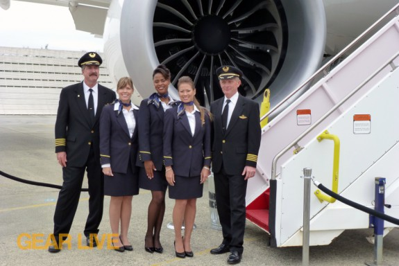 United Boeing 787 Dreamliner Flight Crew