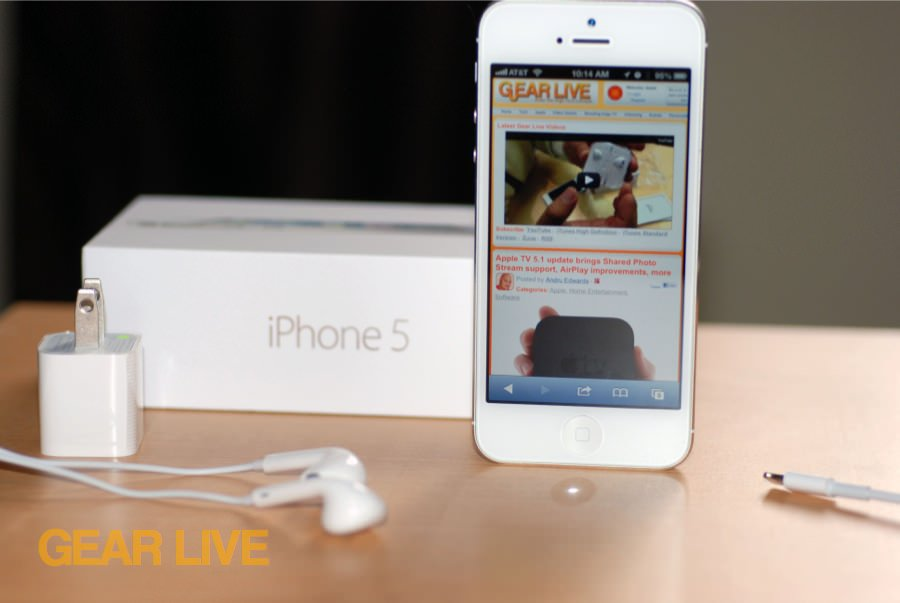 iPhone 5 White & Silver unboxed