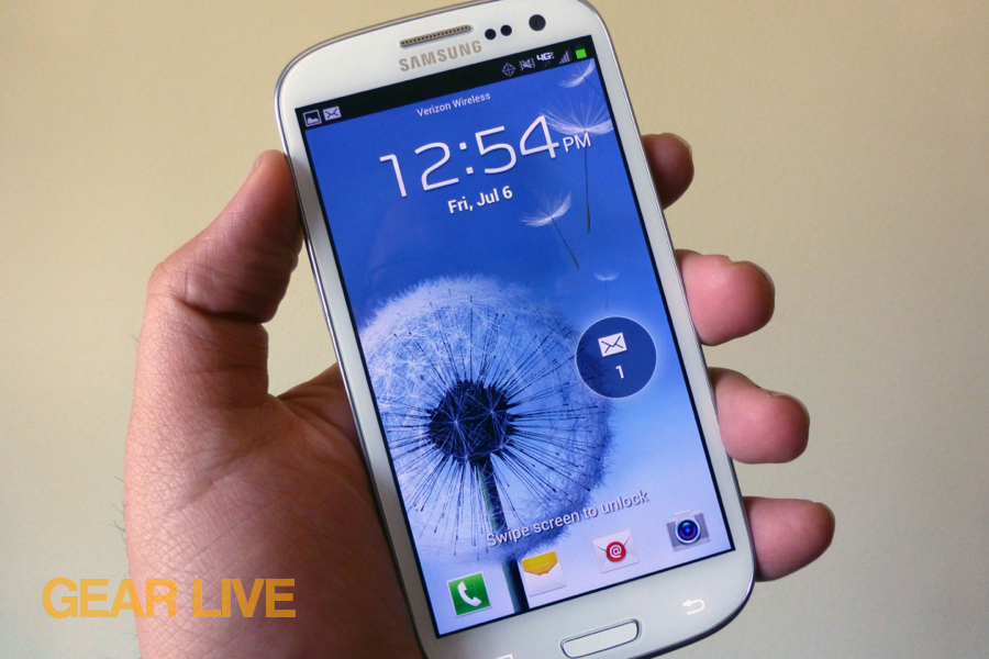 Samsung Galaxy S III lock screen